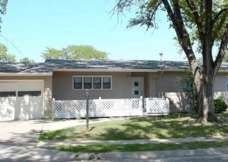 Pre Foreclosure in Topeka 66619 SW ROCKPOST RD - Property ID: 1564880822