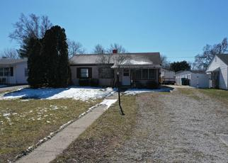 Pre Foreclosure in Indianapolis 46221 BOWEN PL - Property ID: 1565038483