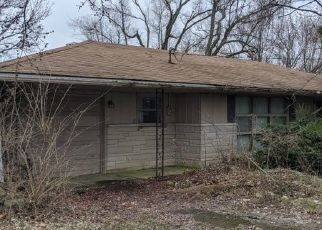 Pre Foreclosure in Muncie 47302 E FUSON RD - Property ID: 1565056443