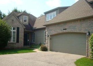 Pre Foreclosure in Mishawaka 46545 S LAKE GEORGE DR - Property ID: 1565064323