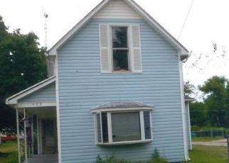 Pre Foreclosure in Winchester 47394 N WEST ST - Property ID: 1565075721