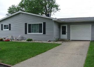 Pre Foreclosure in Mishawaka 46544 PRESCOTT DR - Property ID: 1565081404