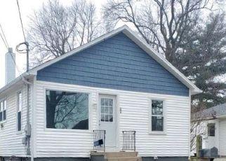Pre Foreclosure in La Porte 46350 RICHMOND ST - Property ID: 1565084470