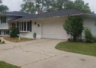 Pre Foreclosure in Elkhart 46517 MOFFAT LN - Property ID: 1565133525
