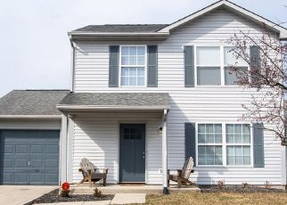 Pre Foreclosure in Greenfield 46140 ROOSEVELT DR - Property ID: 1565158490