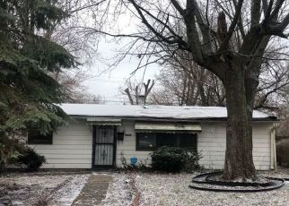Pre Foreclosure in Indianapolis 46218 WALLACE AVE - Property ID: 1565211932