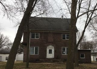 Pre Foreclosure in Pontiac 61764 W LIVINGSTON ST - Property ID: 1565251331