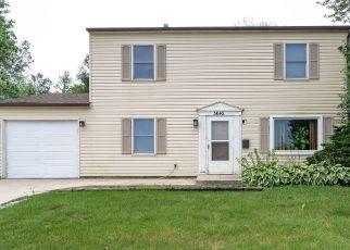 Pre Foreclosure in Matteson 60443 COLGATE LN - Property ID: 1565256598