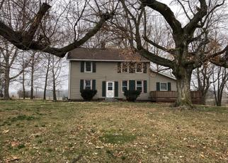 Pre Foreclosure in Jerseyville 62052 RICHEY HOLLOW RD - Property ID: 1565264478