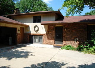 Pre Foreclosure in Naperville 60564 BOOK RD - Property ID: 1565360392