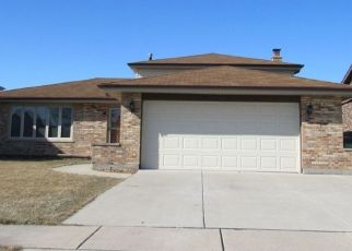 Pre Foreclosure in Tinley Park 60487 CHERRY CREEK AVE - Property ID: 1565401117