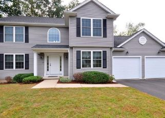 Pre Foreclosure in Windsor 06095 SUNNYFIELD DR - Property ID: 1565540850