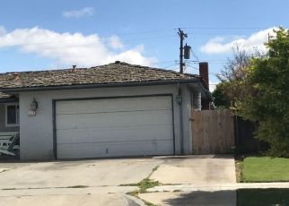 Pre Foreclosure in Fresno 93705 N HACIENDA DR - Property ID: 1565609159