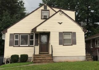 Pre Foreclosure in Linden 07036 E BLANCKE ST - Property ID: 1565777347