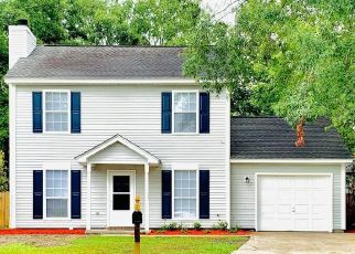 Pre Foreclosure in North Charleston 29420 BATTLE FOREST DR - Property ID: 1565876321