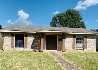 Pre Foreclosure in Dallas 75217 HYMIE CIR - Property ID: 1565981439