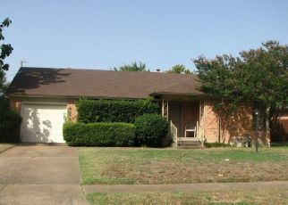 Pre Foreclosure in Dallas 75228 SKYVIEW DR - Property ID: 1566027875