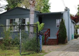 Pre Foreclosure in Oakland 94605 EARL ST - Property ID: 1566403206