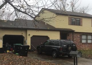 Pre Foreclosure in Waterford Works 08089 MILLS DR - Property ID: 1566616954
