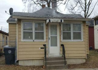 Pre Foreclosure in La Crosse 54601 8TH ST N - Property ID: 1566995347