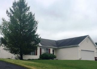 Pre Foreclosure in Machesney Park 61115 GOLDEN EAGLE BND - Property ID: 1567022508