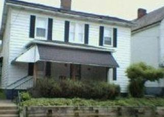 Pre Foreclosure in Elizabeth 15037 6TH AVE - Property ID: 1567140321