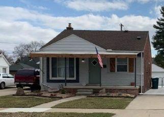 Pre Foreclosure in Lincoln Park 48146 MORAN AVE - Property ID: 1567275664