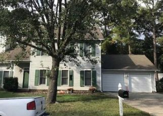 Pre Foreclosure in Raleigh 27616 DECHART LN - Property ID: 1567408359