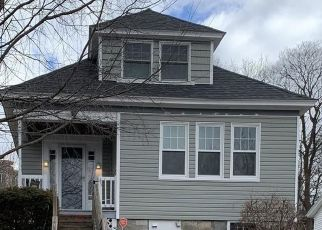 Pre Foreclosure in Lowell 01850 FREMONT ST - Property ID: 1567463548