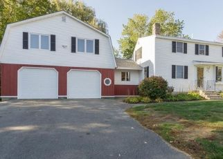 Pre Foreclosure in Westbrook 04092 DECLARATION DR - Property ID: 1567541959