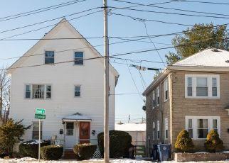 Pre Foreclosure in Salem 01970 BROADWAY - Property ID: 1567560787