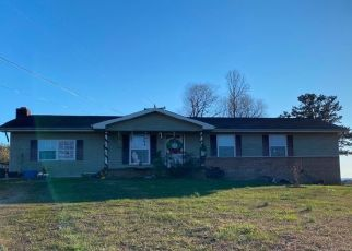 Pre Foreclosure in Evensville 37332 SMYRNA RD - Property ID: 1567759170