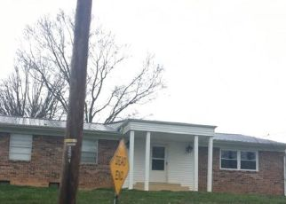 Pre Foreclosure in Kingsport 37663 LIBERTY CHURCH RD - Property ID: 1567777573