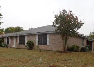 Pre Foreclosure in Arlington 76001 HOTT SPRINGS DR - Property ID: 1567864740