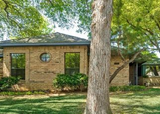 Pre Foreclosure in Arlington 76011 READING RD - Property ID: 1567872167