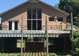 Pre Foreclosure in Huntersville 28078 MCILWAINE RD - Property ID: 1567994367