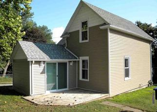 Pre Foreclosure in Davenport 52804 FAIRVIEW ST - Property ID: 1568155547