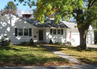 Pre Foreclosure in Somerset 02726 GIFFORD AVE - Property ID: 1568258472