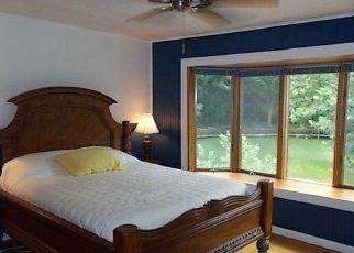 Pre Foreclosure in Cincinnati 45224 COMMONWEALTH DR - Property ID: 1569032367