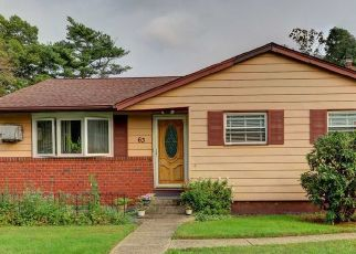 Pre Foreclosure in West Babylon 11704 SCHENECTADY AVE - Property ID: 1569289462