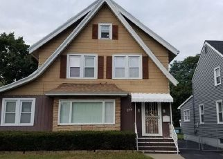 Pre Foreclosure in Rochester 14617 RAWLINSON RD - Property ID: 1569304349