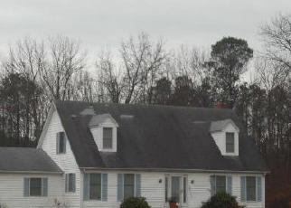 Pre Foreclosure in Woolford 21677 TAYLORS ISLAND RD - Property ID: 1569465527