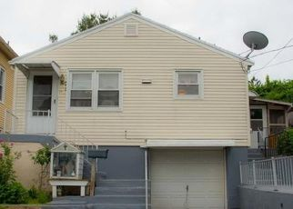 Pre Foreclosure in East Haven 06512 PAGE ST - Property ID: 1569474730