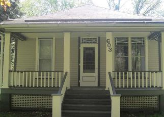 Pre Foreclosure in Oakland 68045 N OAKLAND AVE - Property ID: 1569573709