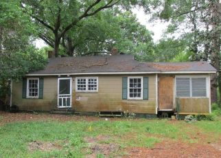 Pre Foreclosure in Mobile 36606 S COLLINS ST - Property ID: 1569712993