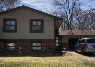 Pre Foreclosure in Minneapolis 55428 CHEROKEE DR N - Property ID: 1569817212