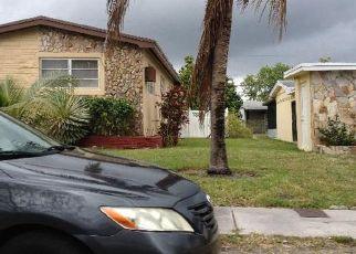 Pre Foreclosure in Miami 33162 NE 180TH DR - Property ID: 1570001609