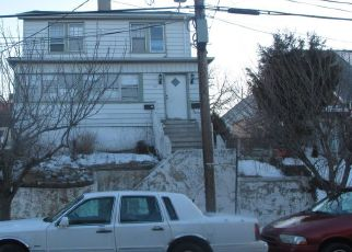 Pre Foreclosure in Belleville 07109 SANFORD AVE - Property ID: 1570130818