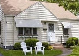 Pre Foreclosure in Springfield 01104 TYRONE ST - Property ID: 1570135632