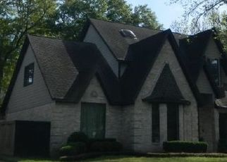 Pre Foreclosure in Kingwood 77345 FOREST GARDEN DR - Property ID: 1570313440